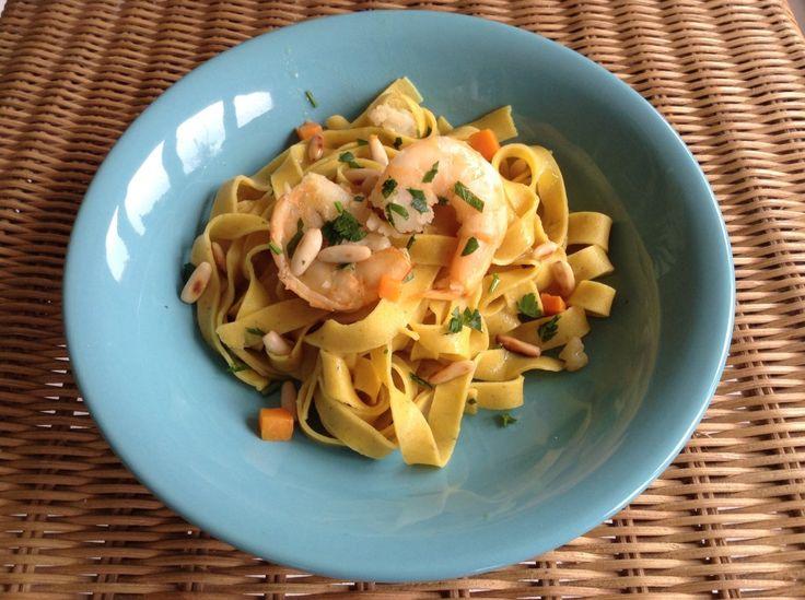 Scopri la mia ricetta sul contest Tigotà Ti Vizia: Tagliatelle aromatiche con gamberi e pinoli di monica ambrogi