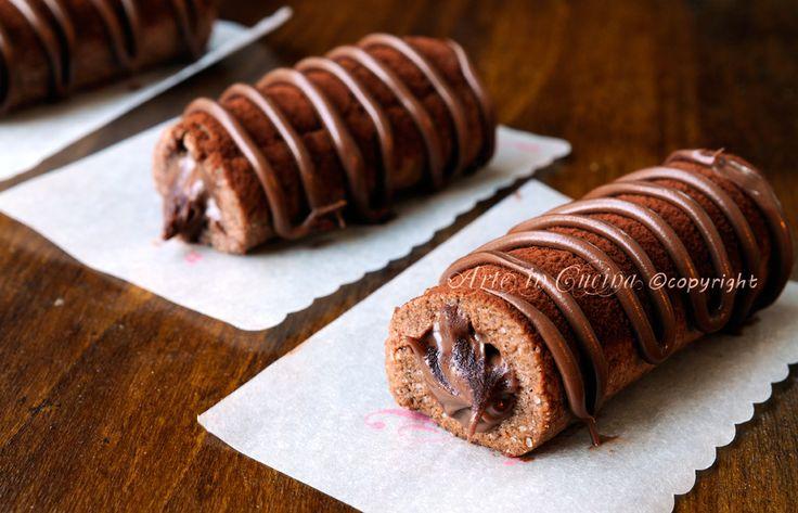 Cannoli di frolla alla nutella, cioccolato, ricetta facile, veloce, piccola pasticceria, dolcetti mignon, idea per feste e buffet, dolcetti da regalare molto facili.