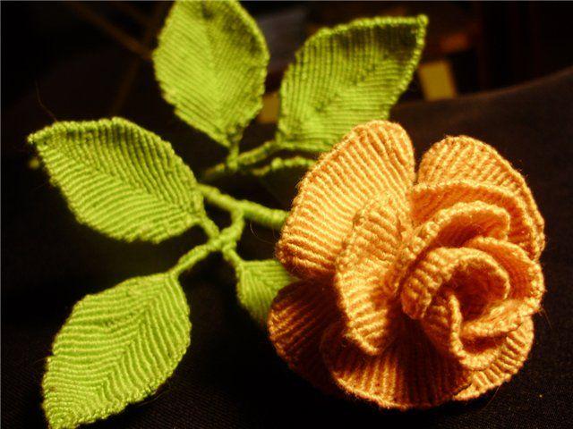 Como hacer una Rosa y las Hojas en Macrame - enrHedando