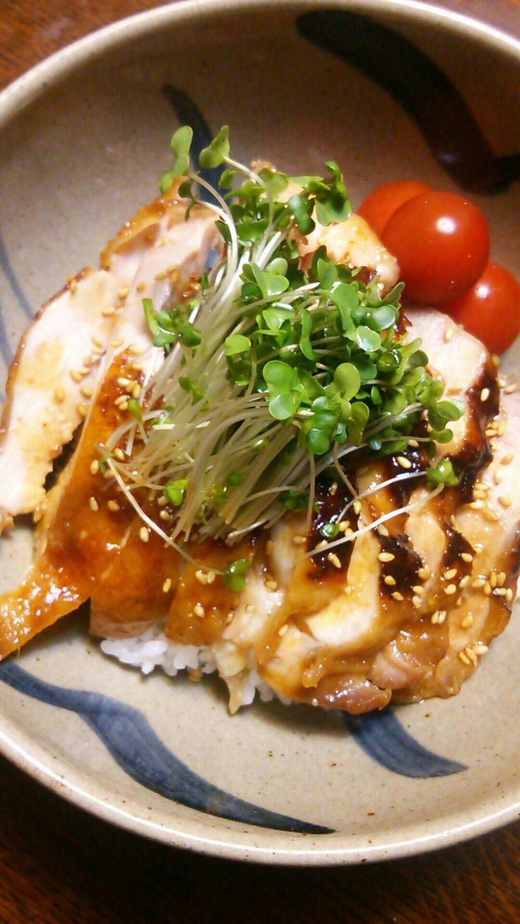 Chicken teriyaki-don at home.