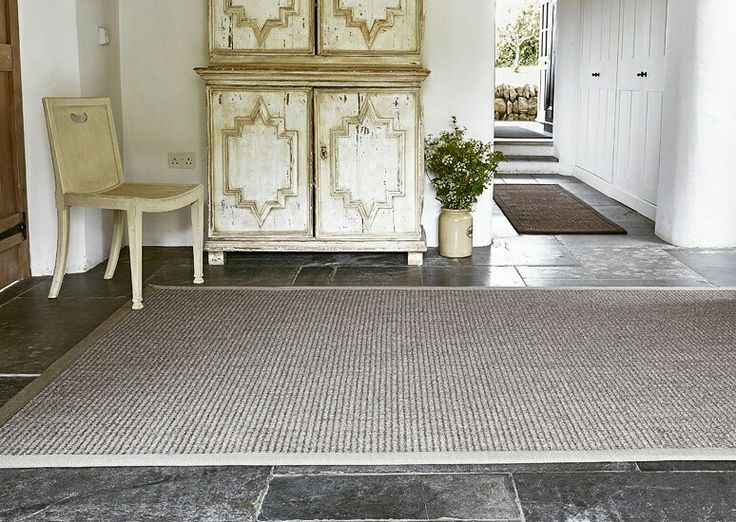 Create effortless style with sisal atlas casablanca rug #fibreflooring #interiordesign #sisal #natural #luxuryflooring #interiorstyle #floorstyle #sisalrugs #homestyle #inspiration