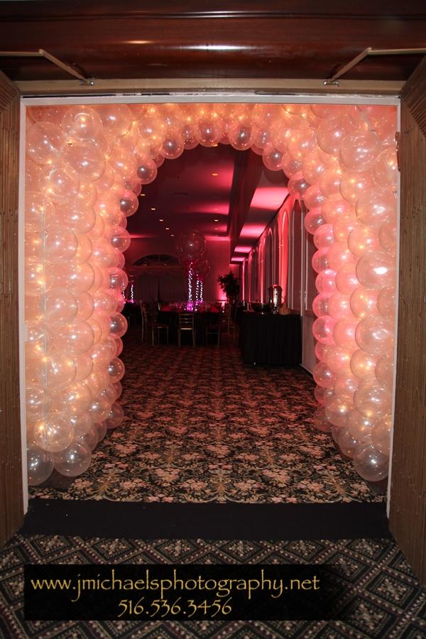 Bat Mitzvah Balloon Arch At Entrance To Ballroom New City Jewish Center Ny Liora Ideas Centerpieces