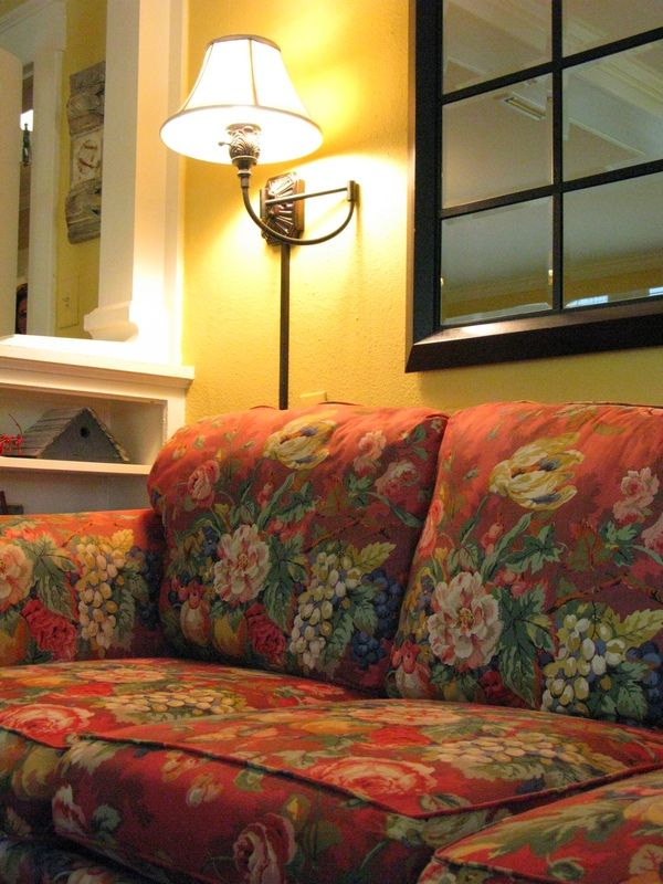 25 Best Ideas About Floral Sofa On Pinterest Timorous