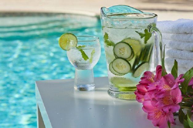 Top 10 băuturi răcoritoare şi detoxifiante