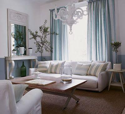 Memilih desain tirai atau bisa dibilang gorden untuk ruang tamu Anda merupakan hal yang dapat menambah nilai keindahan ruang tamu rumah Anda. Selain itu, desain gorden tersebut akan berfungsi untuk dapat menutup jendela dan akan lebih mudah untuk mengatur cahaya yang telah masuk ke dalam ruangan rumah Anda.