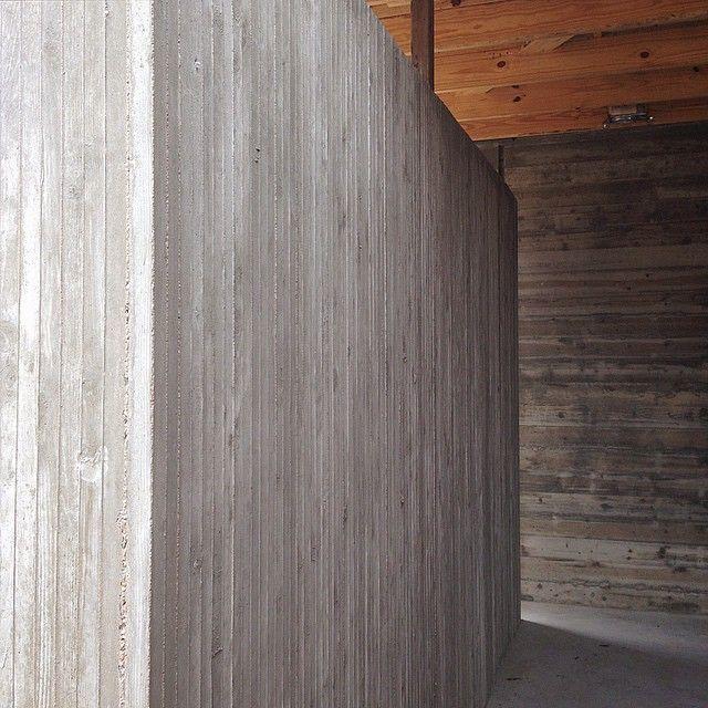 Vertical board form concrete, Cuernavaca Residence. @boothe_concrete
