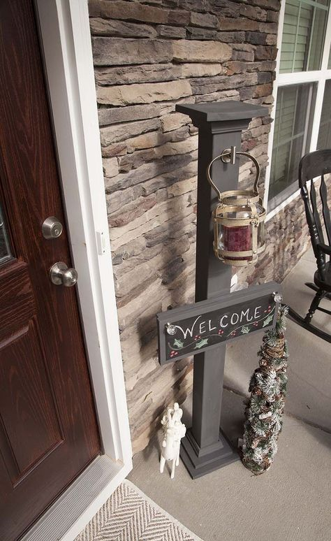 diy chalkboard welcome sign and sign post holz basteln willkommen und schilder. Black Bedroom Furniture Sets. Home Design Ideas