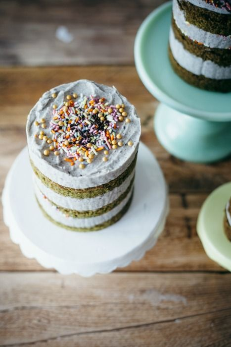 Matcha Powder: Matcha Cake with Black Sesame Buttercream Frosting from My Name Is Yeh