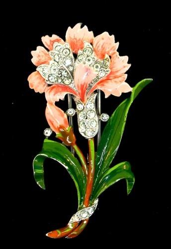 1940 Trifari Enamel & Rhinestone Flower Fur Clip