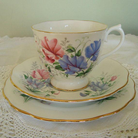 Vintage Bone China Royal Albert Sweet Pea Tea Cup by ReVintageUK