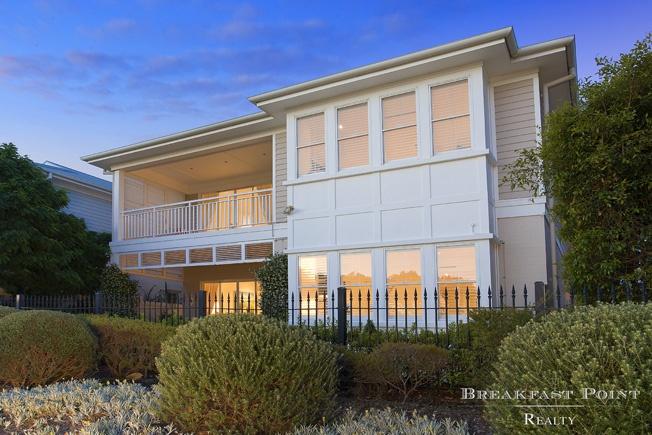 Facade  23 Jacaranda Drive, CABARITA NSW