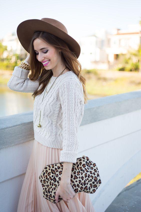 ショート丈にピンクのプリーツスカート♡ 人気トレンドおすすめモテ『ケーブルニット』レディース一覧