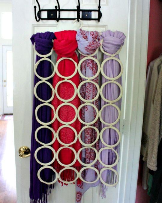 Hi Sugarplum!: {Organizing} Scarves