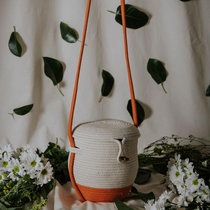 Colmena bag by Palmito Shop. A cotton rope bag with a hive shape. Now on Etsy