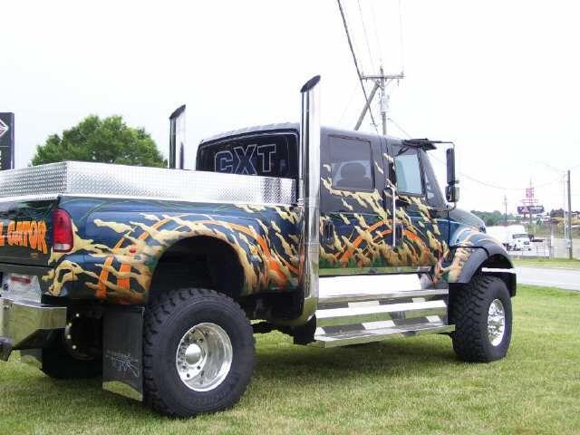 large internail trucks