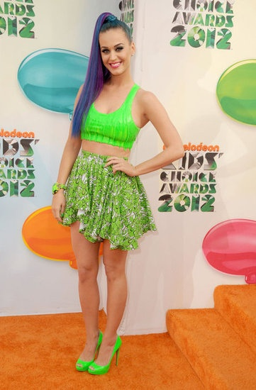 Katy Perry in slime green at the Kid's Choice Awards 2012. Love her hair!