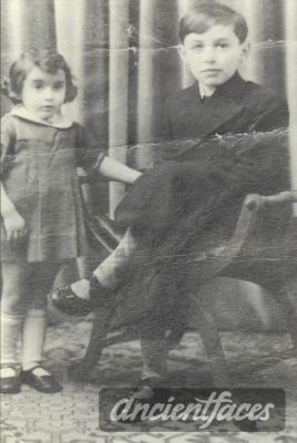 Let us never forget these 2 precious children Lucien Goldnadel age 10 *seated* and Annette age 5 *standing next to him*