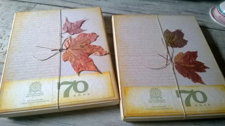 Menciones, reconocimientos, cumpleaños de aniversarios, personalizados, presentadas en caja decorativa. Diseños Marta Correa Blog: disenosmartacorrea.blogspot.com Celular: 321 643 63 84