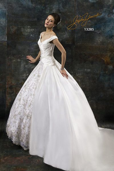 Stephen Yearick Wedding Dresses and Bridal Collection | New York
