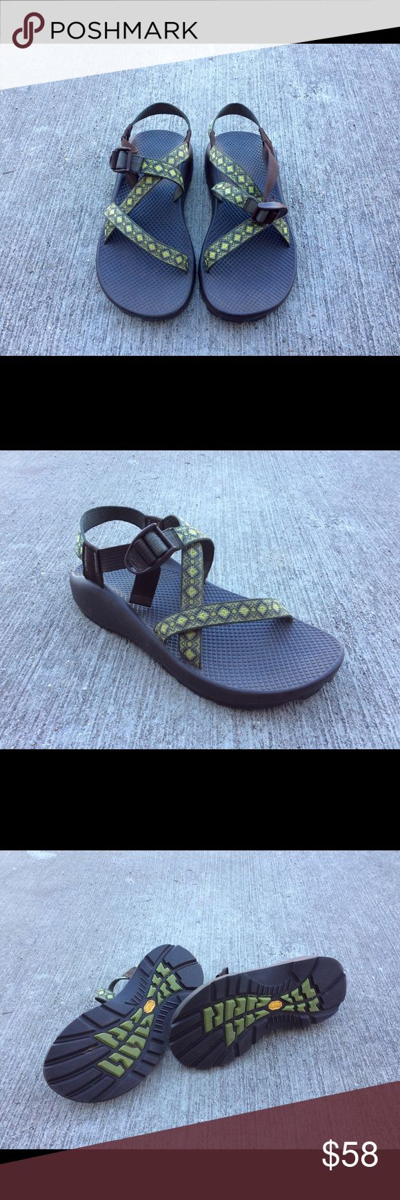 Chacos Sandal Women's 9 Green One Strap Chacos Sandal in women's size 9. Perfect condition with no flaws or imperfections Chacos Shoes Sandals