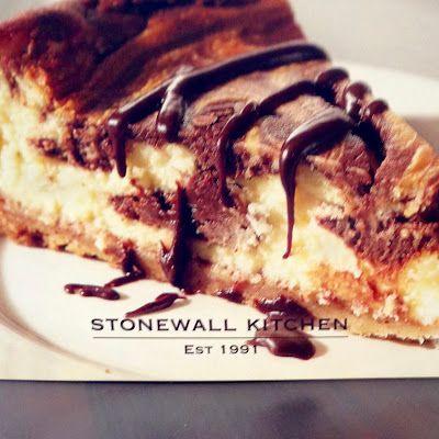 Mascarpone Cheesecake with Bittersweet Chocolate @keyingredient #cake #cheese #chocolate #cheesecake