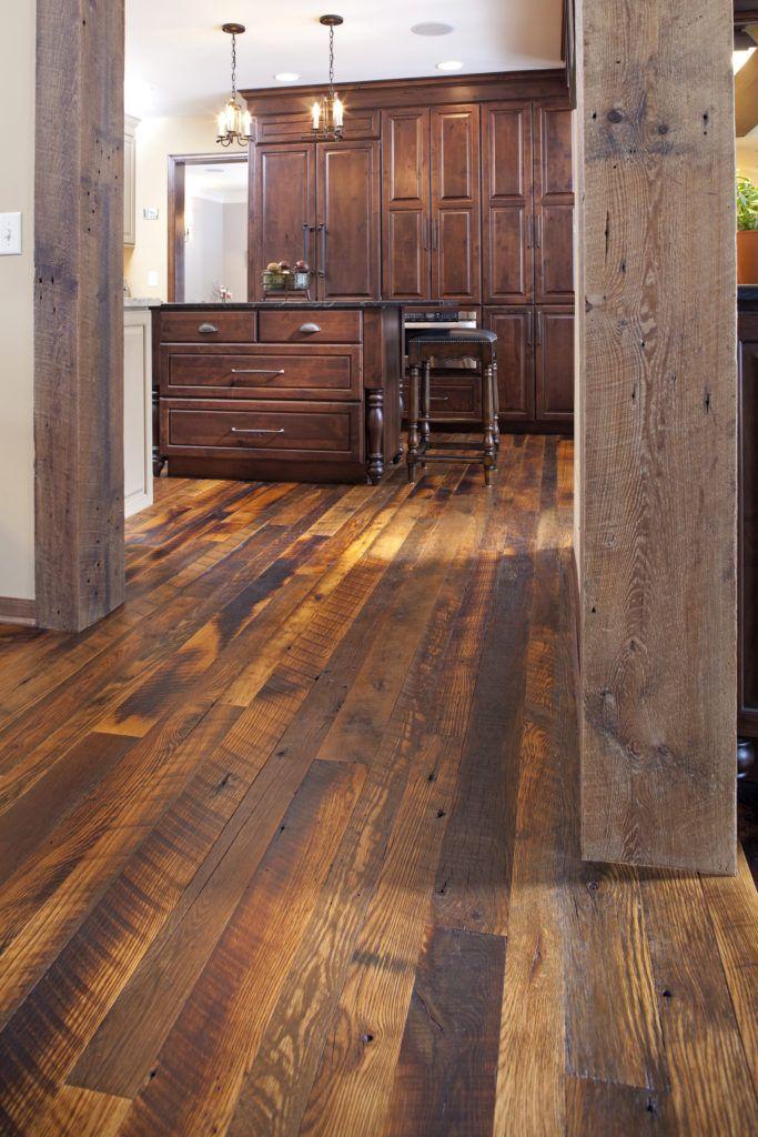 Manomin Antique Oak Reclaimed Wood Flooring Reclaimed Wood Floors Wood Pallet Flooring Pallet Floors