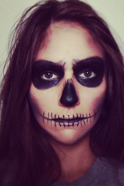 40 easy halloween costumes for lazy partygoers - Easy Scary Halloween Face Painting Ideas