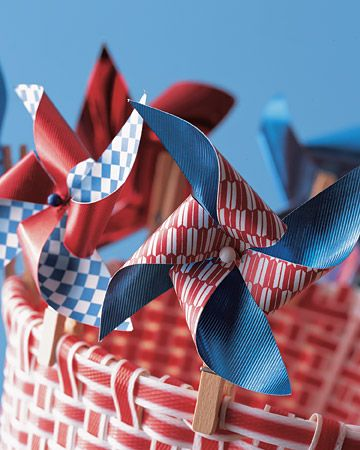 Clothespin Pinwheel- Great for the 4th of July