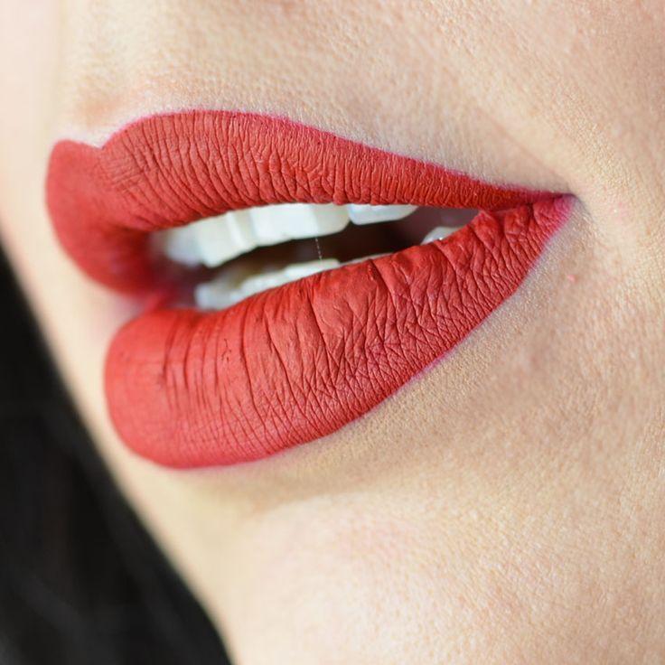 velvetines-red-velvet-lime-crime-review-resenha-swatch-swatches-abc-de-beleza