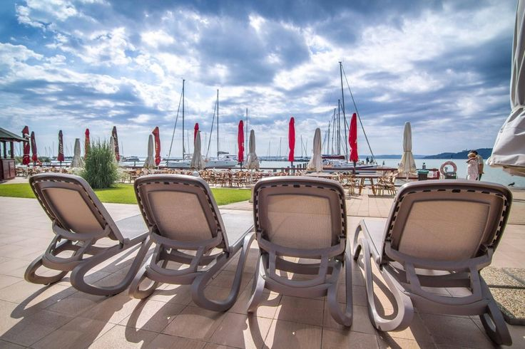The pleasing view from the sunbeds in Flamingó Wellness and Conference Hotel - Balatonfüred #basiccollection #project #summer #hotel #sunbed #style #view #furniture
