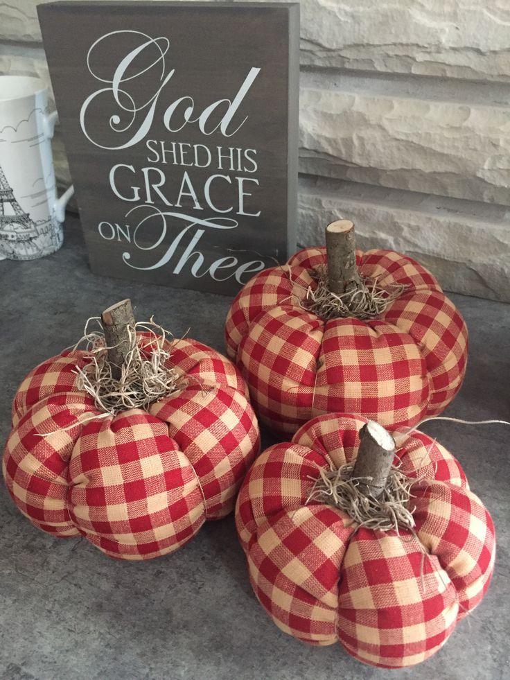 My handmade pumpkins. Wegschätze. Fabric pumpkins.  #fabric #handmade #pumpkins…