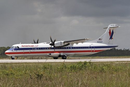 American Eagle Airlines N451AT Aerospatiale ATR-72-212 451 NAS Nassau Airport 2012