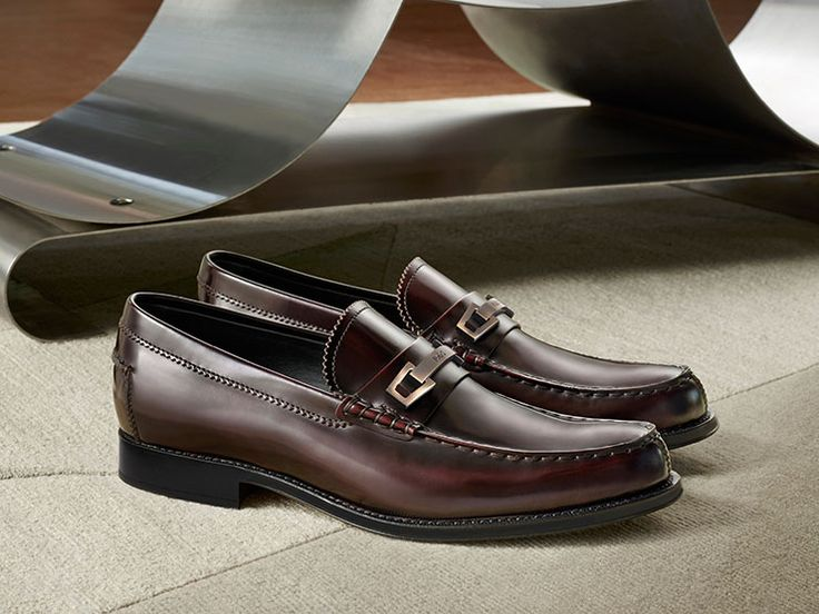 Elegant Shoes and Leather Bags for Men AW15-16 - Tod's