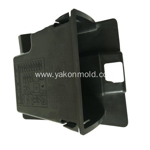 China Plastic Injection Molding Auto Interrior Mould Manufacturers