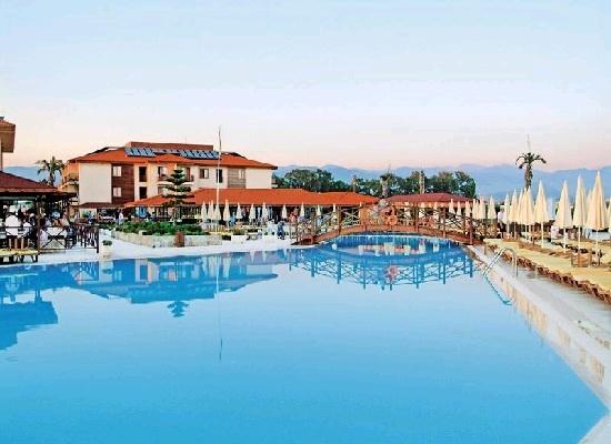 Turkije, Alanya, Hotel Eftalia Village 5*.  Vakantiedorp,kindvriendelijk, zeer veel faciliteiten,  zwembaden, actief animatieteam, 8 waterglijbanen. Rustig gelegen, op 8 km van Konakli en 18 km van Alanya. Zandstrand op 50 m