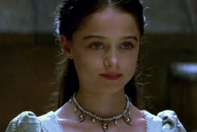Raffey Cassidy, young Snow White in Snow White and the Huntsman.  Great movie date with Sheri.