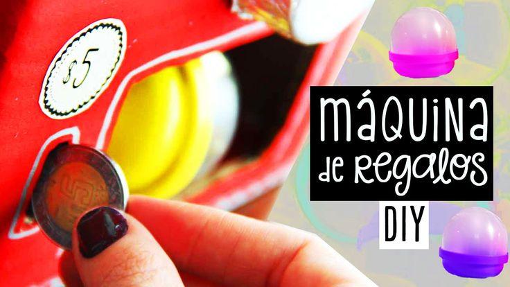 Te enseño cómo hacer una máquina dispensadora o vending machine de regalos sorpresa y originales. ✄ COMPRA LAS CAPSULAS VACÍAS: http://www.holadiy.com ▼ Desp...