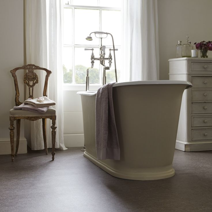 Luxury and opulence within a bathroom will ensure a relaxing bath time. #bathroom #bath #bathtime #shower #dream #home