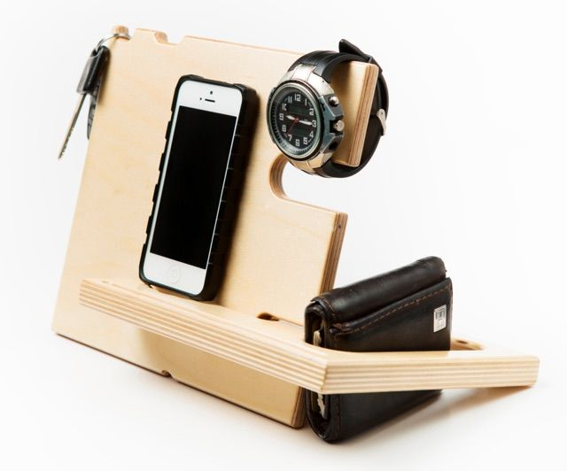 Simple and convenient, this catch-all docking station not only holds your phone but also your watch, wallet, keys, glasses and all everyday small items. Made of two pieces of wood that interlock together like a Jigsaw, the docking station is easy to assemble and disassemble for when you need to take it on the go.