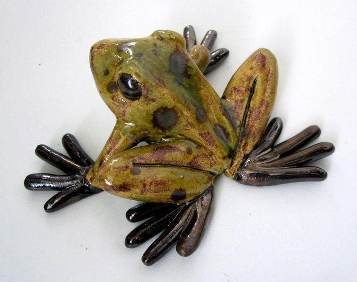 Frog  - (Ceramic by JPNoronha)