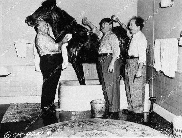 photo Three Stooges Mo Larry Joe Besser short Guns A' Poppin 3575-21