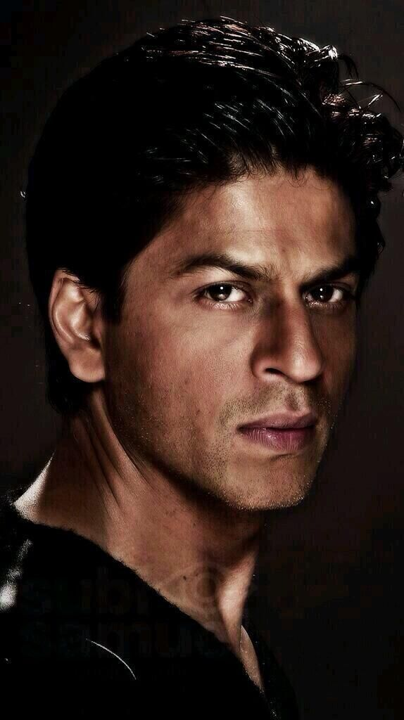 We need more Bollywood hunks ...Shahrukh Khan