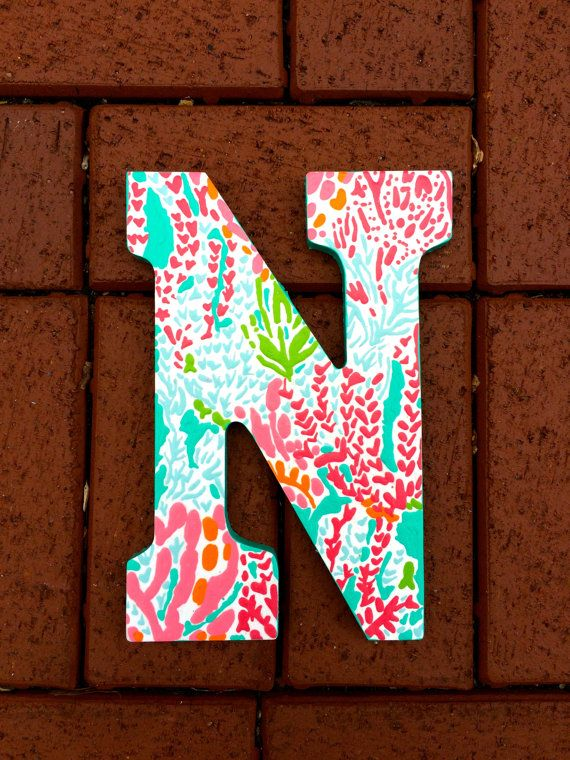 Best 25 decorated sorority letters ideas on pinterest for Lilly pulitzer sorority letters