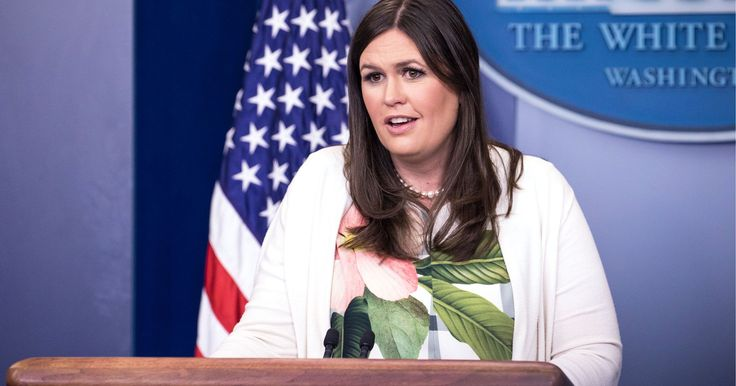 A Reporter Live Streamed An Off-Camera White House Press Briefing  http://www.refinery29.com/2017/07/164480/reporter-live-stream-press-briefing-white-house?utm_source=feed&utm_medium=rss