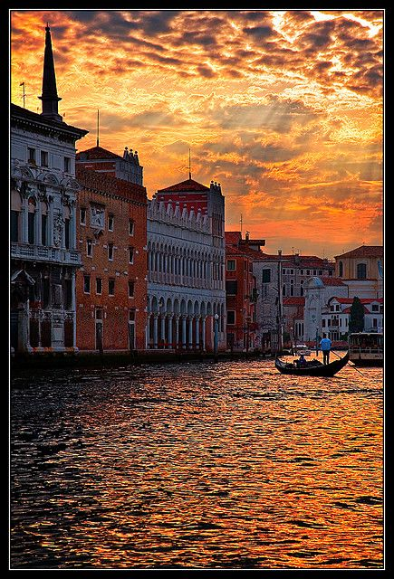 Sunset over Grand Canal, Venice, Italy--can't resist this picture!
