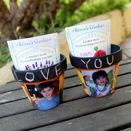 Chalkboard and Decoupage Pots - Great idea for a Mother's Day gift!!