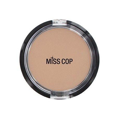 Poudre compacte Miss Cop, beige moyen.
