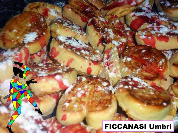FICCANASI Umbria - Uno fra i tanti dolci tradizionali italiani preparati durante il CARNEVALE - One of the many traditional Italian desserts prepared during CARNIVAL