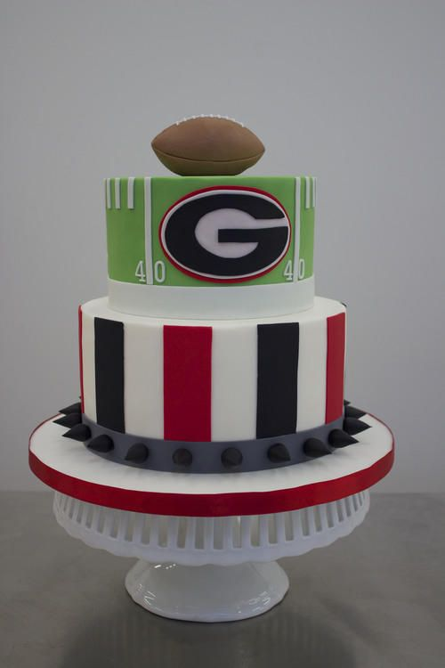 University of Georgia - Over-the-Top Groom's Cakes For True SEC Fans - Southernliving. This cake from S'More Sweets will have your Georgia bulldog barking for more.