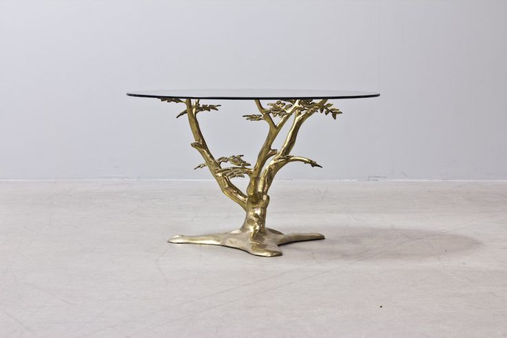 Tree branch table in brass with smoked glass top - in style of Willy Daro. Cool table, vintage, mid century modern..